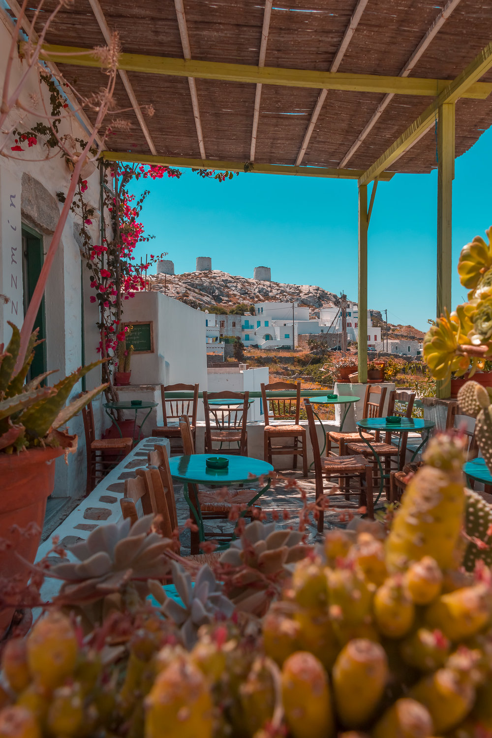 A gorgeous hideaway from the heat among the white-washed alleys of Chora. (Jazzmin cafe/bar)