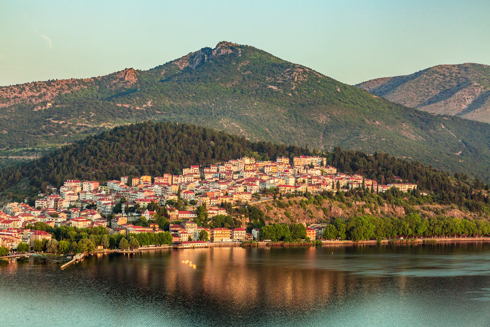 - Get acquainted with natural landscapes that capture the soul, take a dip into a glittering past by holidaying in Kastoria, a place combining mountain and water relaxation.
