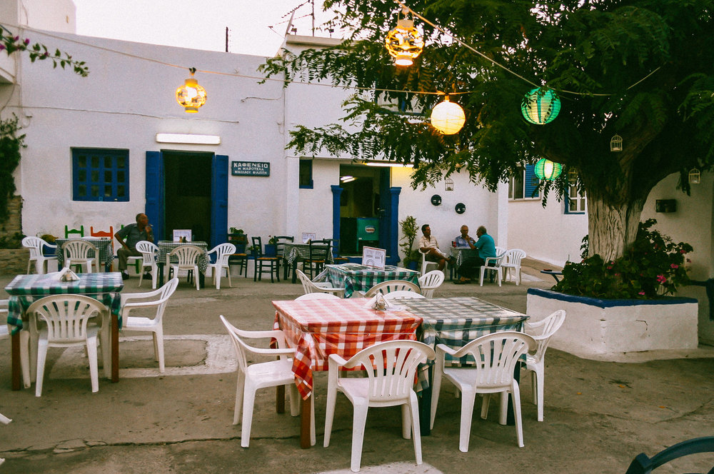 kafeneio-maroukla-kasos-greece-stemajourneys.com.jpg