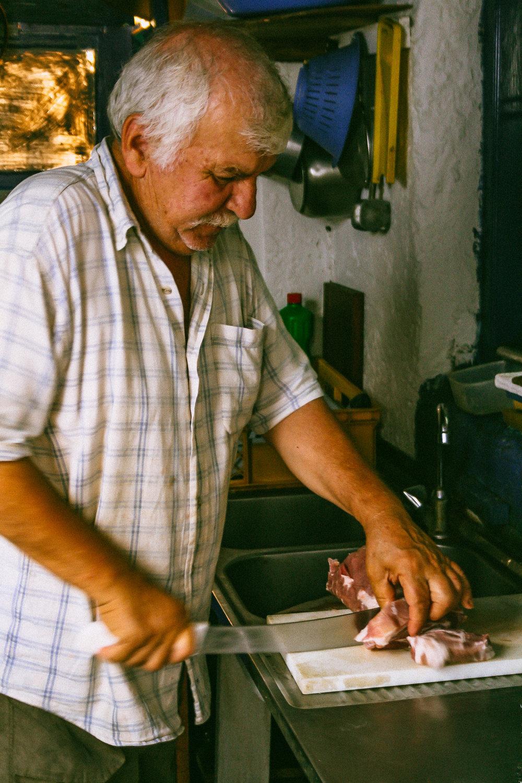 kathistres-kafeneio-kasos-stemajourneys.com.jpg