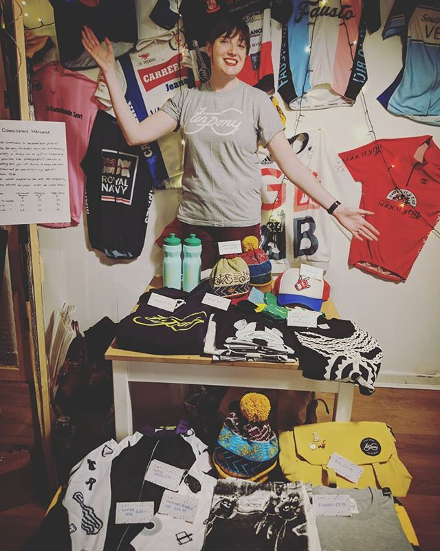 Thanks to @fausto.coffee for inviting us to the #christmas fair #feelingfestive🎄 #cyclewearforhumans #cycling