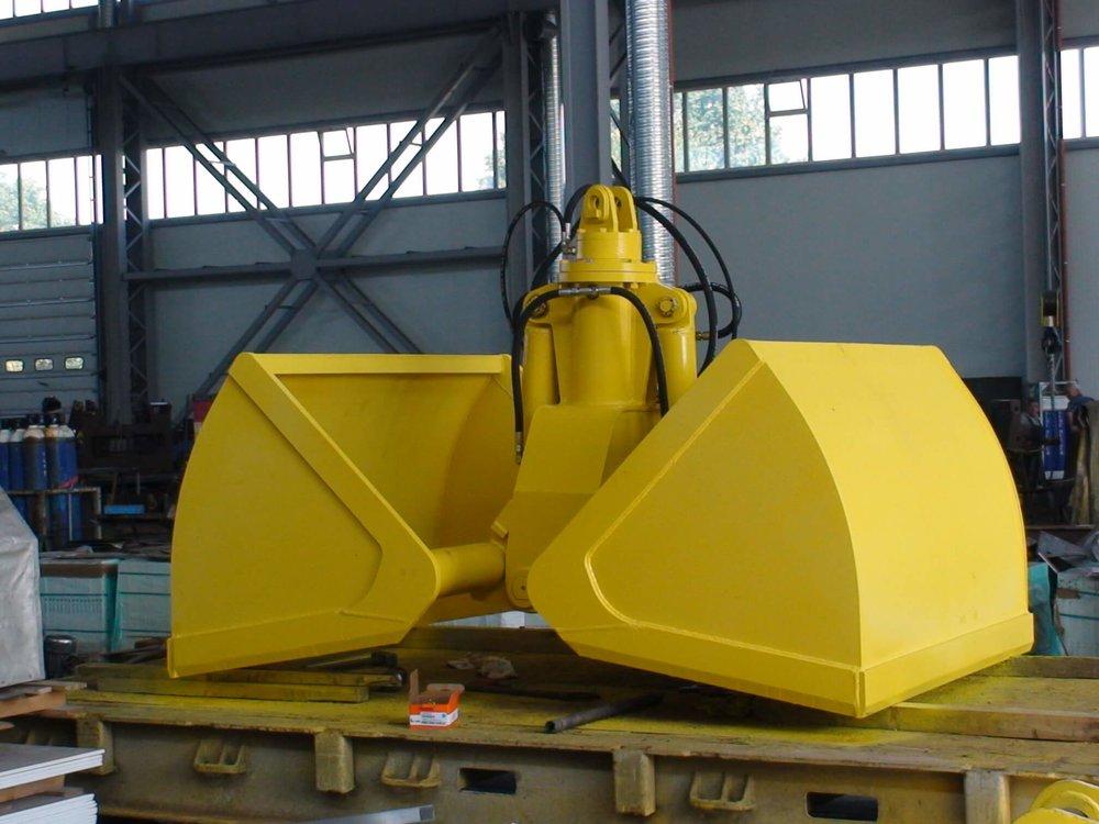 BLESTE Hydraulic dual scoop grab БЛЕСТЕ гидравлический двух челюстной грейфер (4).JPG