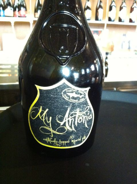 My Antonia a collaboration between Dogfish Head and Birra del Borgo (2).jpg
