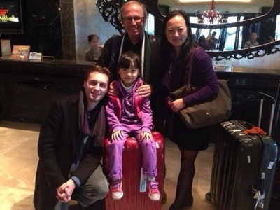 Arrival in Nanjin hotel with Philippe Gérard, Niu Min and the very cute Angela !