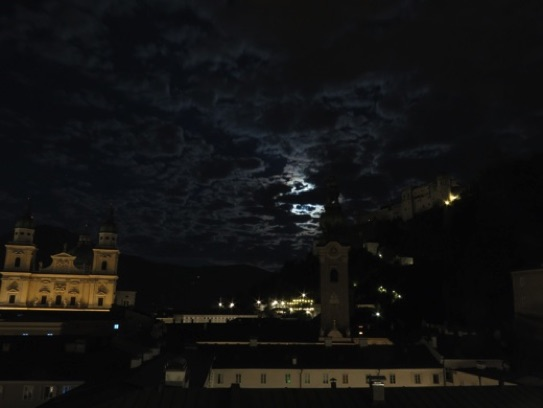 Salzburg by night ... magical !