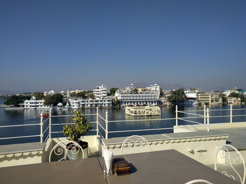 Rooftop dining overlooking Lake Pichola, Udaipur
