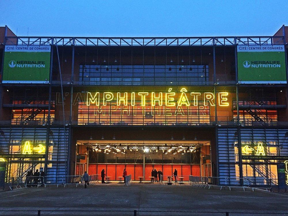 entree-de-l-amphitheatre.jpg
