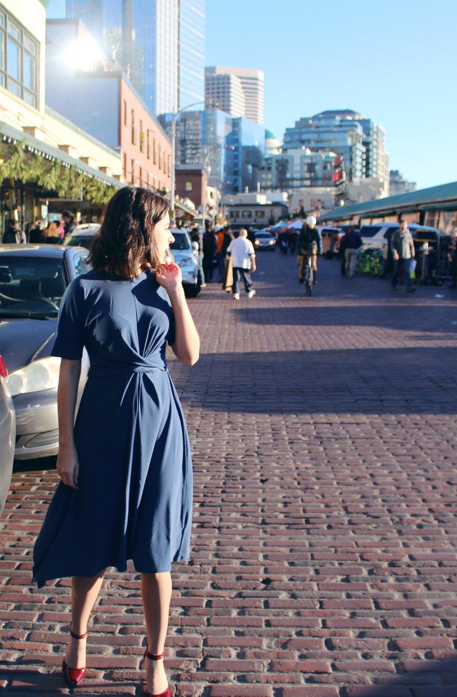 Rhoyally Chic UK Fashion & Style Blogger Topshop Drape Belt Midi Dress Non-Sparkly New Years Eve Look