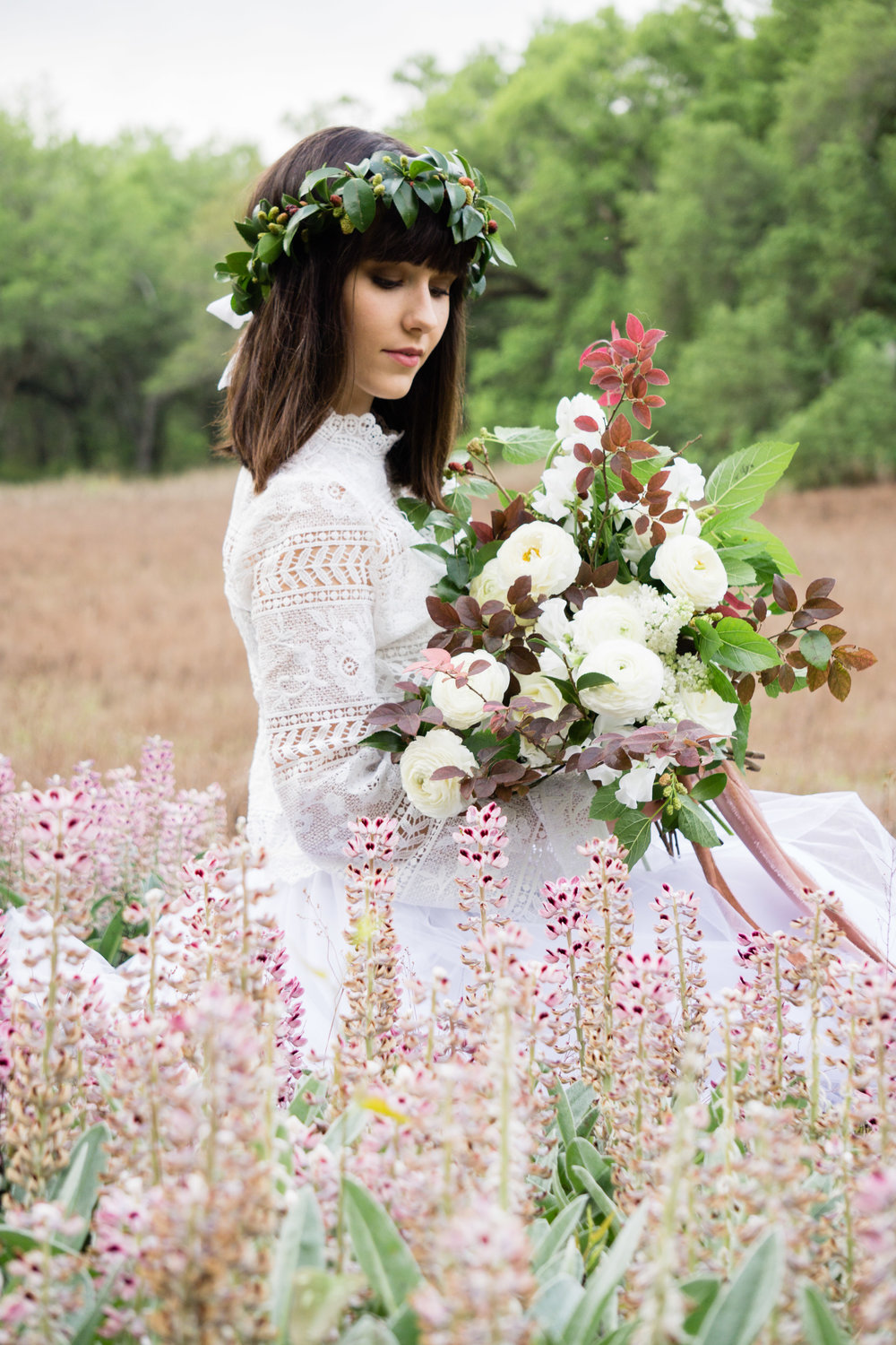 boho_bride_wedding_bouquet_wildflower_tallahassee_florist_moonstruck_florals.jpg