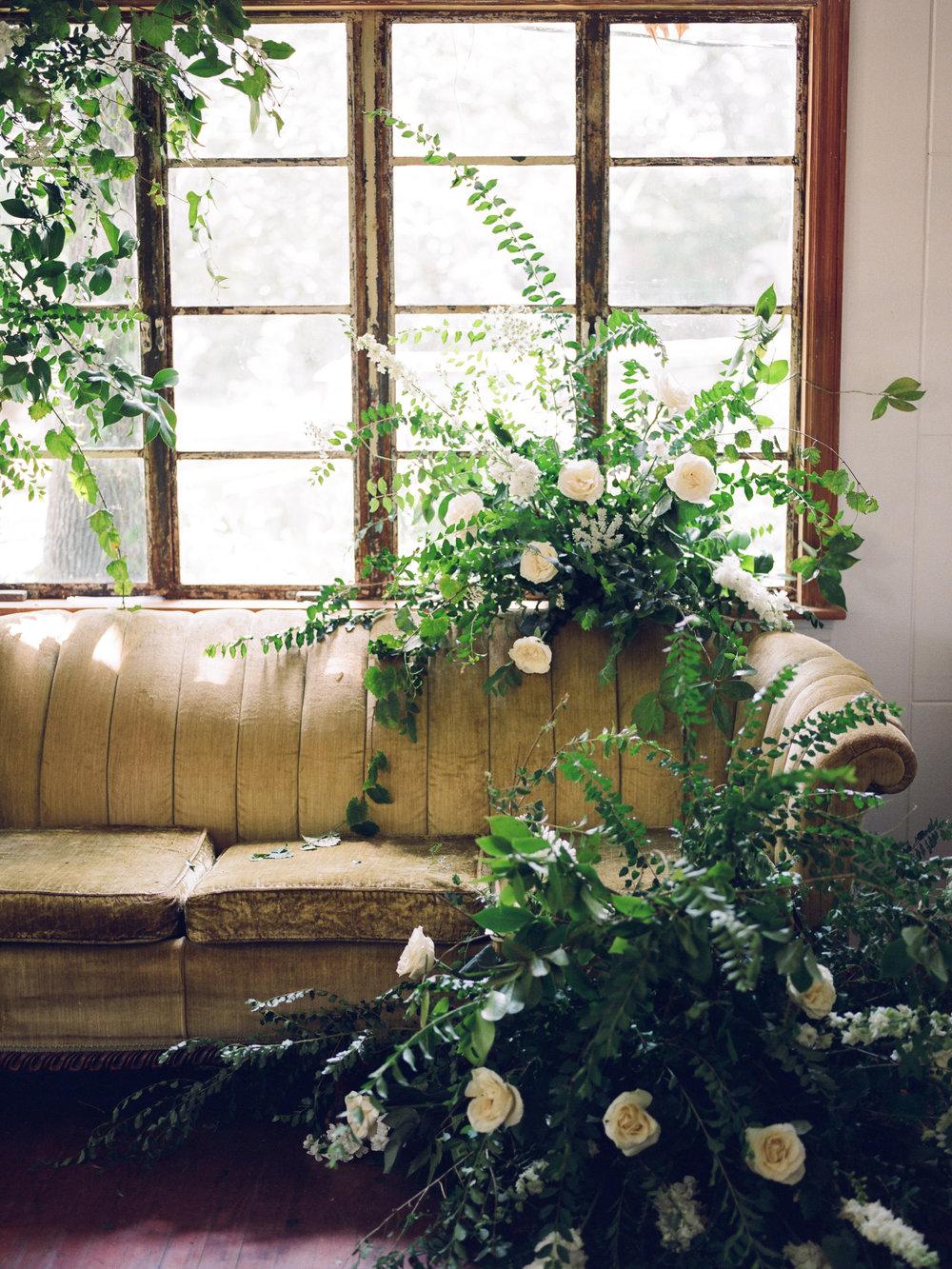 wedding_florist_tallahassee_moonstruck_florals_fine_art_wedding.jpg