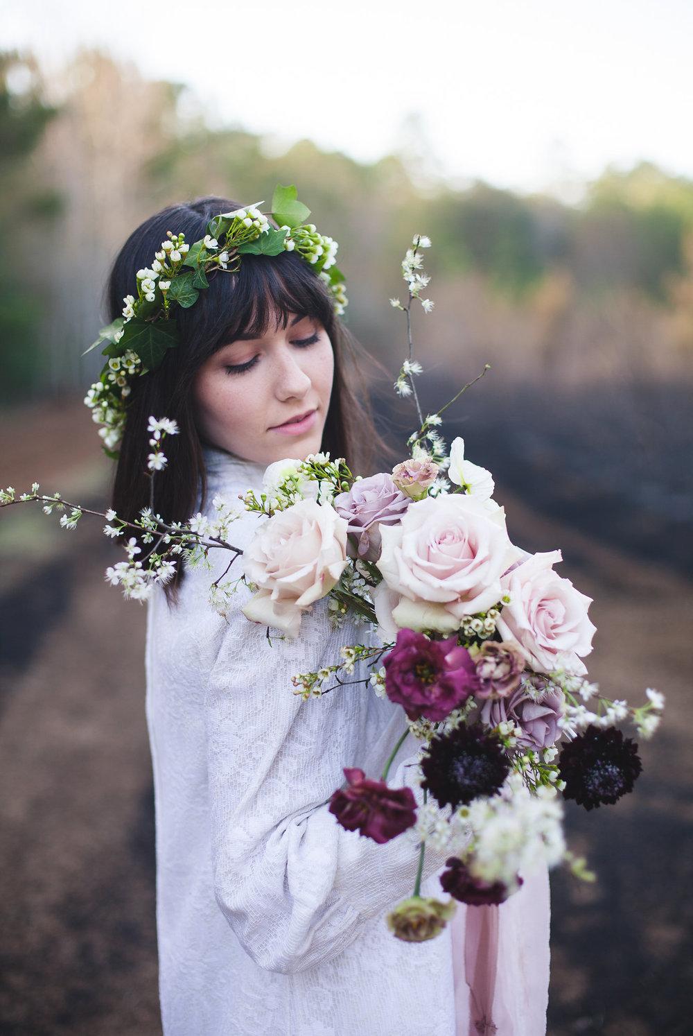 boho_bride_flower_crown_mauve_bouquet_moonstruck_florals.jpg