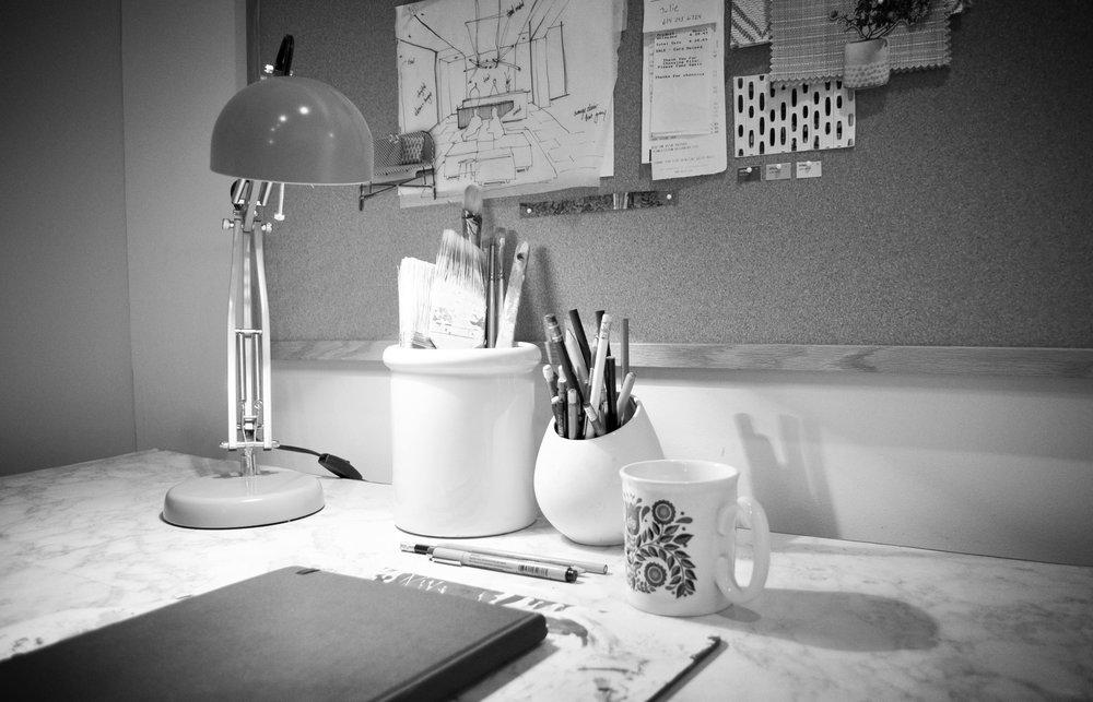 Desk 01.jpg