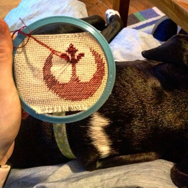 Monday morning vibes #puppycuddles #wip #rebelalliance #starwars #irononpatch #geekcrafts