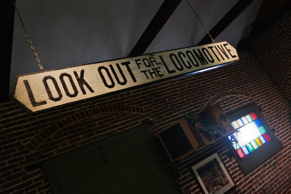 A-loco sign.jpg