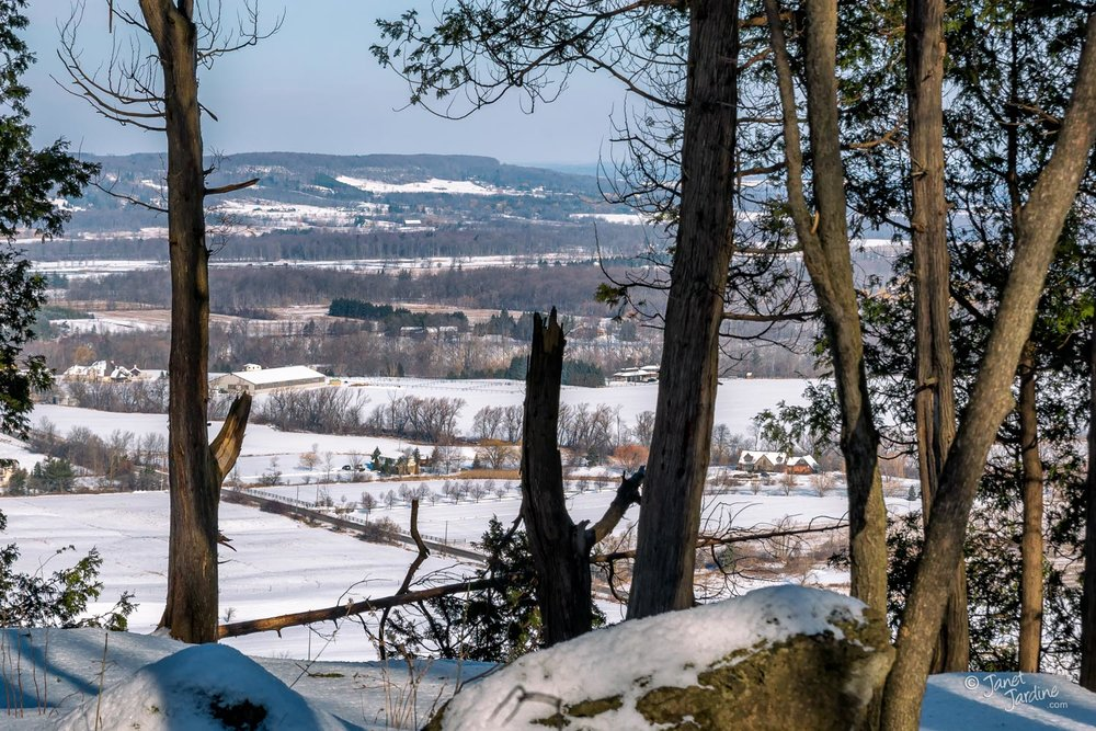 Niagar-Escarpment-Winter-View_Photo_copyright_Janet_Jardine.jpg