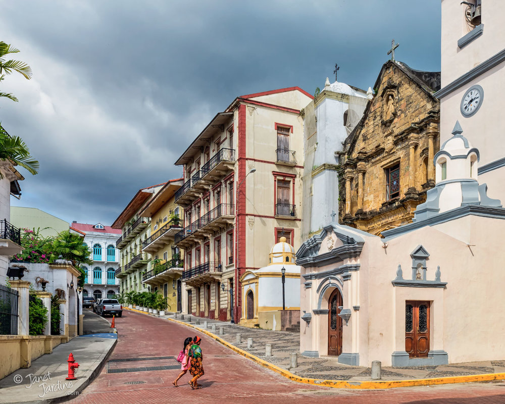 Nuestra-Señora-de-La-Merced-Church-in-Casco-Viejo--Panama--the-historic-district-of-Panama-City_Photo_copyright_Janet_Jardine_SquareSpace.jpg