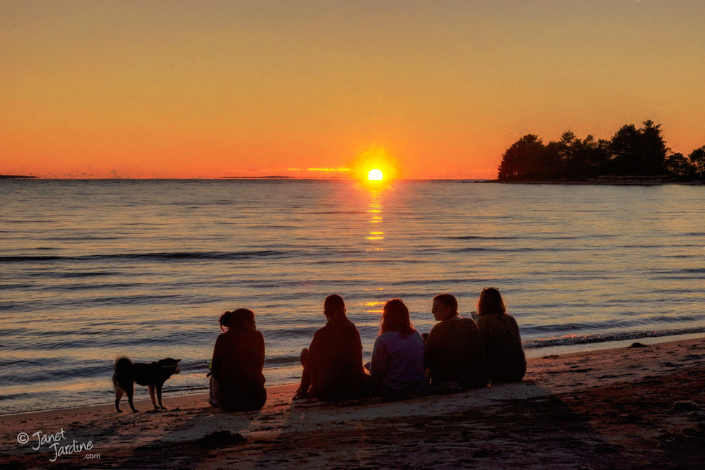 Sunset-with-Friends_Photo_copyright_Janet_Jardine_SquareSpace.jpg