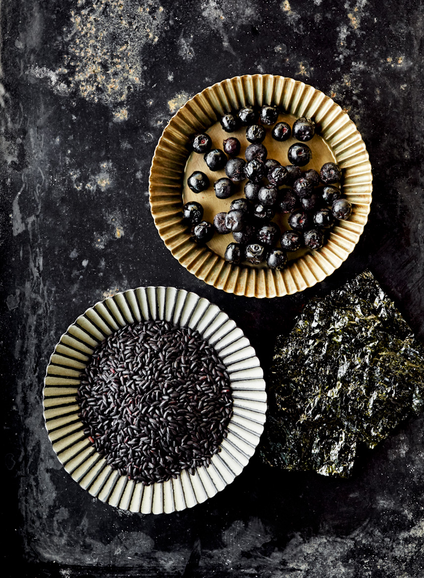 blueberries-dried-seaweed-black-wild-rice-food-photography.jpg