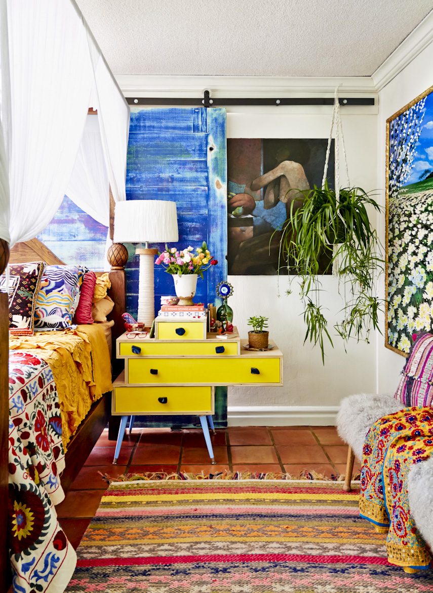 florida-bohemian-bedroom-yellow-end-table-interior-photography.jpg