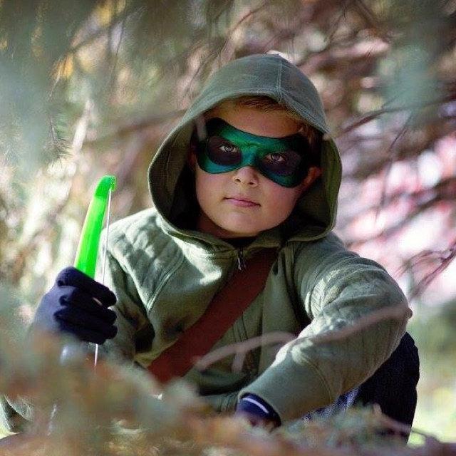 Green Arrow mask modeled by Little Sun Photography, 2015..jpg
