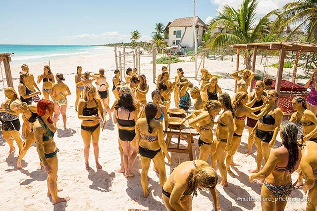 Come detox and sweat with us @bikinibootcamptulum  Email us about last minute promos ! amansalahotels@gmail.com
