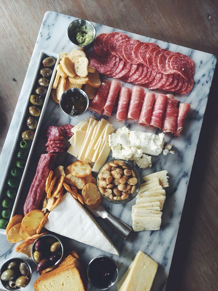 4428c991f7c3d1a017ca03368f7ea303--food-platters-cheese-platters.jpg