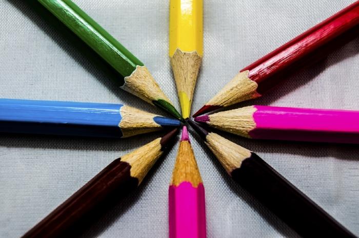 pencil-3344834_1920.jpg