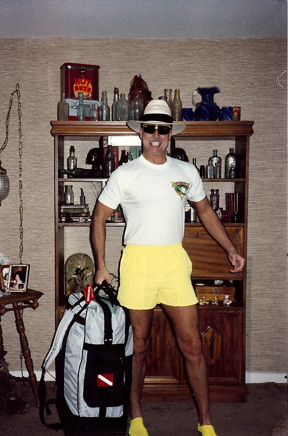 Bob McNeil - 1991 - Age 42 - Ready for Scuba Diving