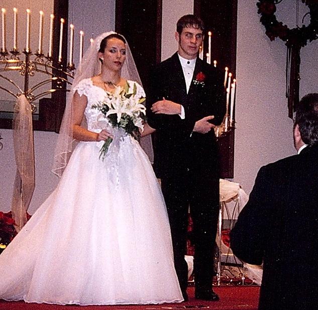 December 19, 1998 - Kelly McNeil Married Alf Evans