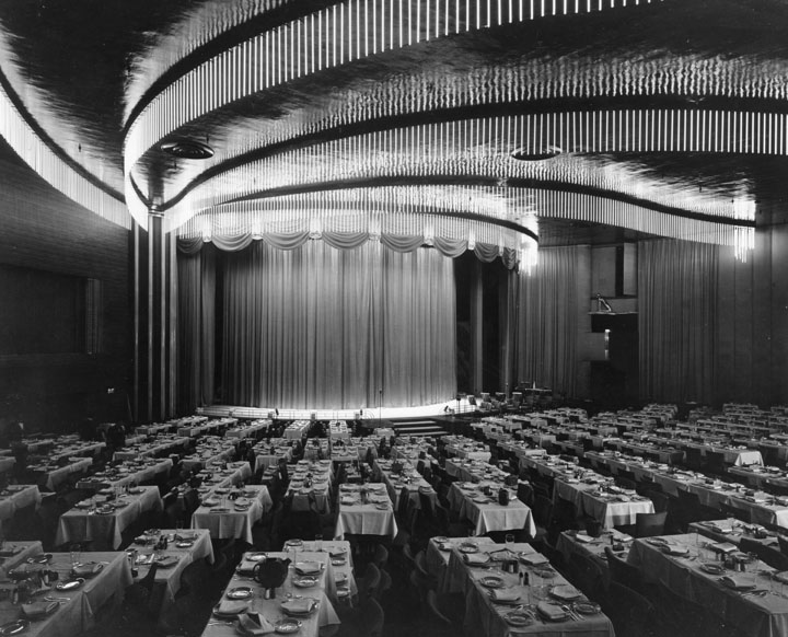 Interior of the Earl Carroll Theater. Photo via Los Angeles Public Library (1938).