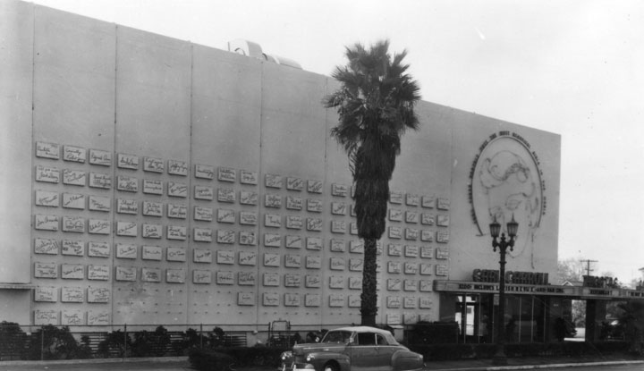 "The ""Wall of Fame."" Photo via Los Angeles Public Library (c. 1940s)"
