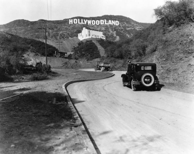Photo via Los Angeles Public Library (1935)