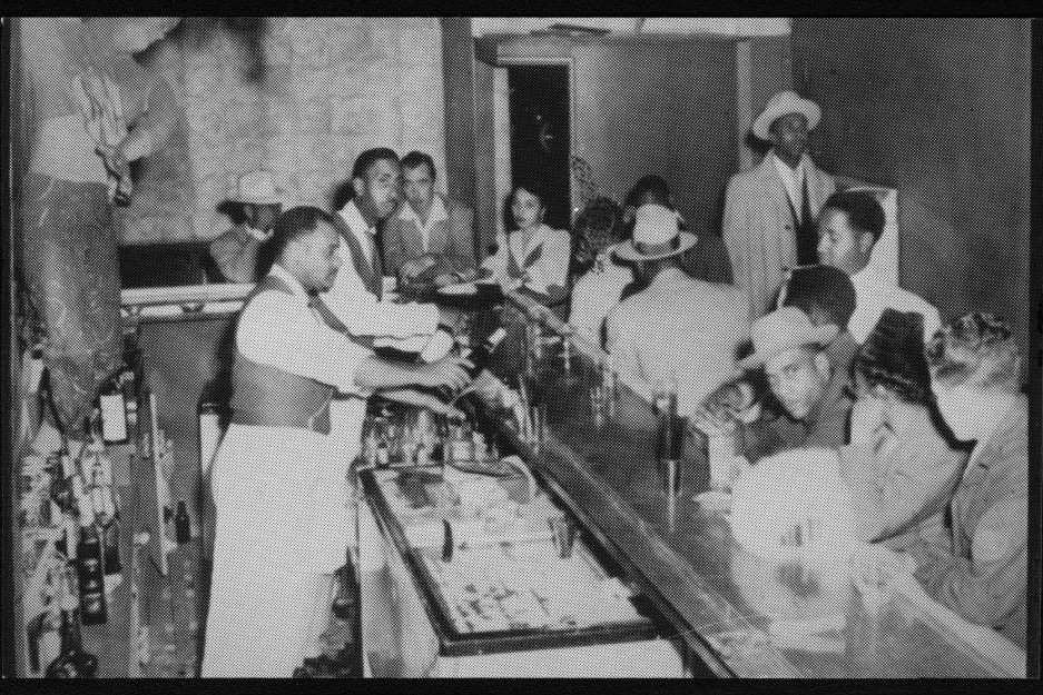 Bar at the Club Alabam. Photo via USC Digital Library (c. 1941-1945)