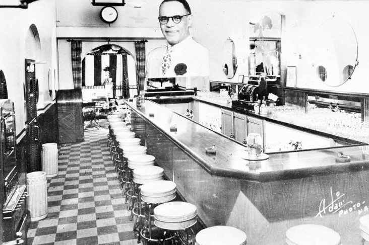 Dunbar Cocktail Lounge and Grill. Photo by Adair Photo via Los Angeles Public Library (c. 1940s)