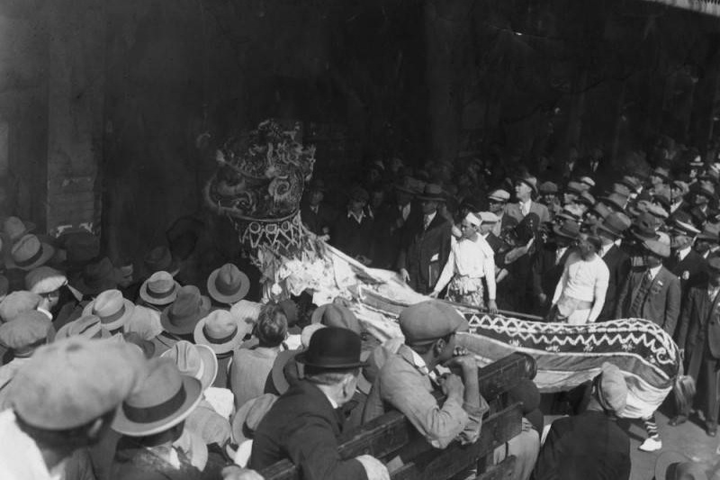 Chinese New Year Celebrations - Herald Examiner Collection (1931)