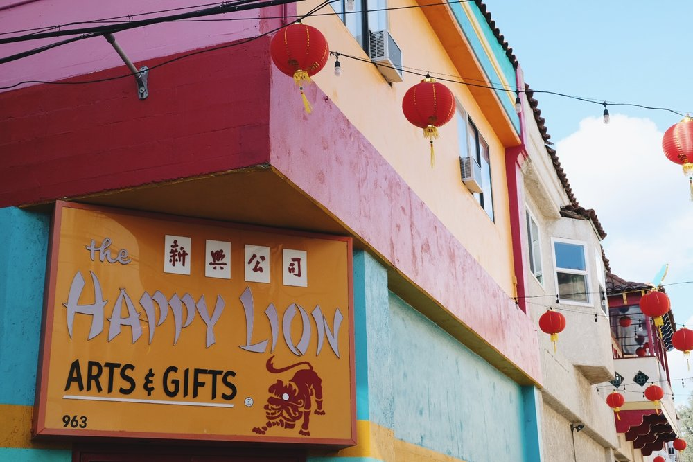 The Happy Lion arts and gifts Chinatown
