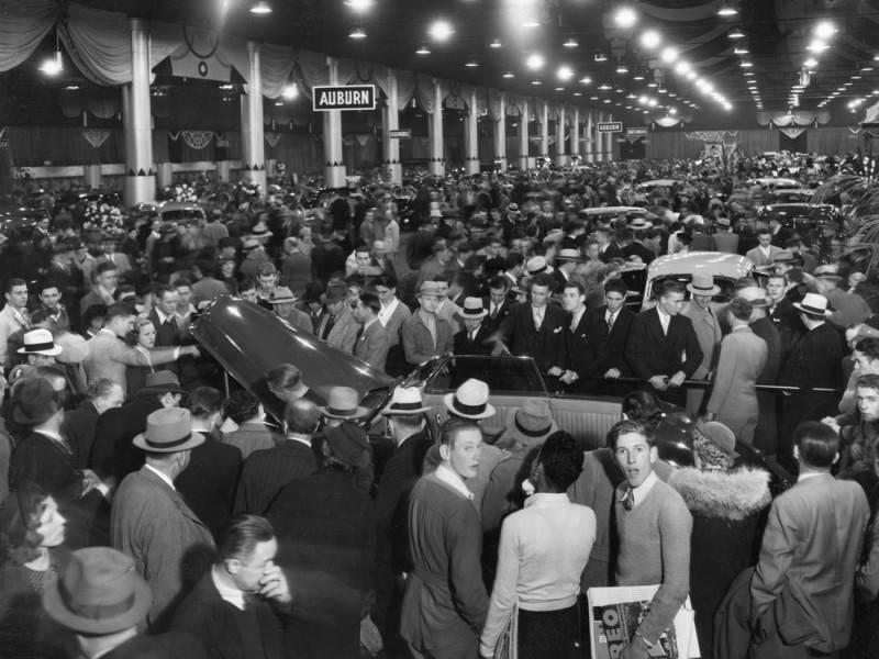 Auto Show at the Pan-Pacific Auditorium. Image by Art Streib via the LA Public Library (1935)
