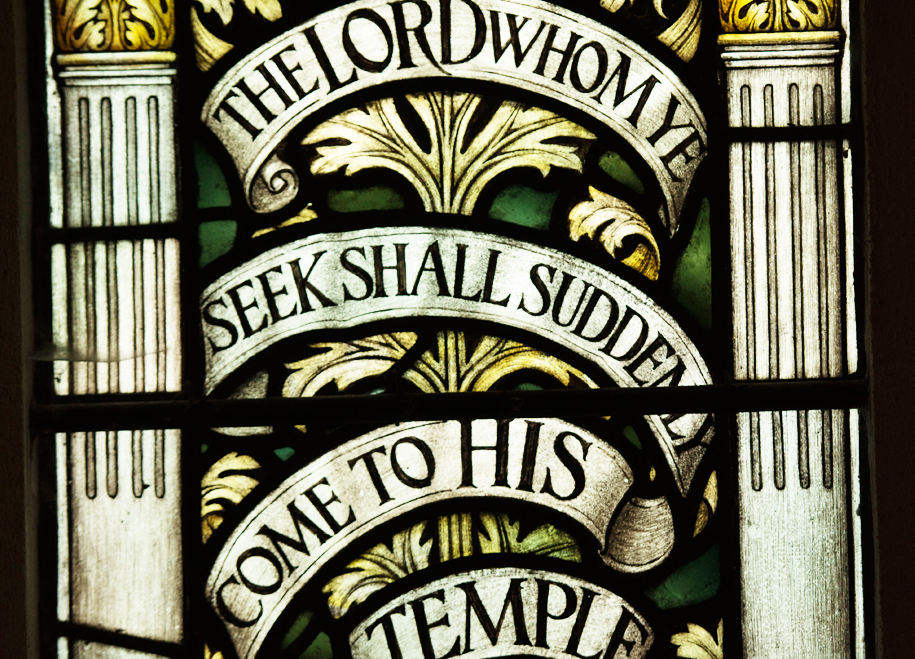 """South Aisle - The spectacular windows along the south aisle are more 'modern' in design but are still excellent examples of dedicated craftsmanship. The last one, a """"White Friars"""" window with its small pieces of glass, is especially so."""