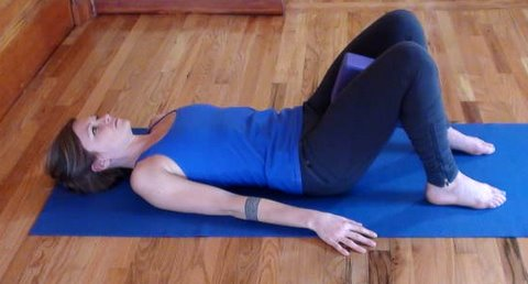 Block in between the inner thighs laying supine is a great way to activate the transverse and rectus abdominus.