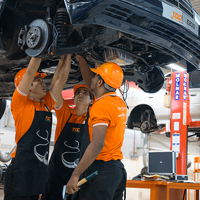 Master Technician Course (level 1-3) - Keep ahead and be a master technician. Learn to identify sophisticated car malfunctions; and use your knowledge and skills to diagnose and repair them. This course will let you learn pretty much everything there is to know about a car.