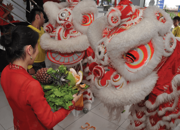 TOC-110211_lion_dance_04.png