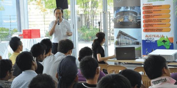 Mr. Calvin Kee starts with a talk about Hap Seng Star Autohaus, a prominent dealer for Mercedenz-Benz.