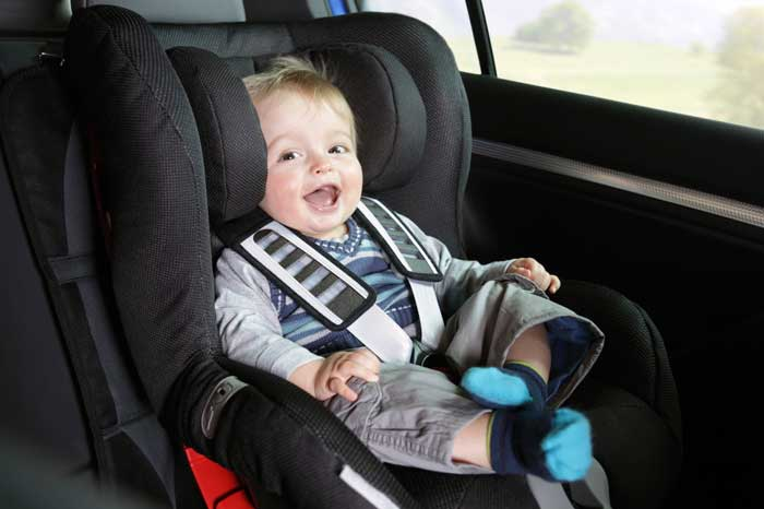 Source:  https://neworleanslocal.com/wp-content/uploads/2011/05/baby-car-seat1.jpg