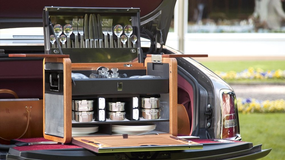 Rolls Royce Fine Dining Picnic Hamper  Image source:  http://cdn.thinglink.me/api/image/667400770110357504/1024/10/scaletowidth