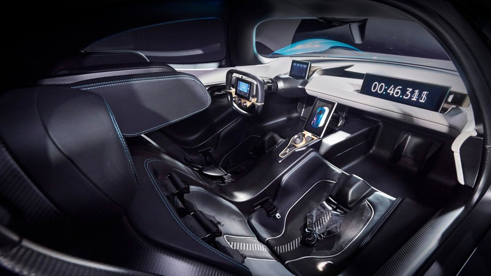 The Interior of the NIO EP9  (Image source:  https://www.nio.io  )