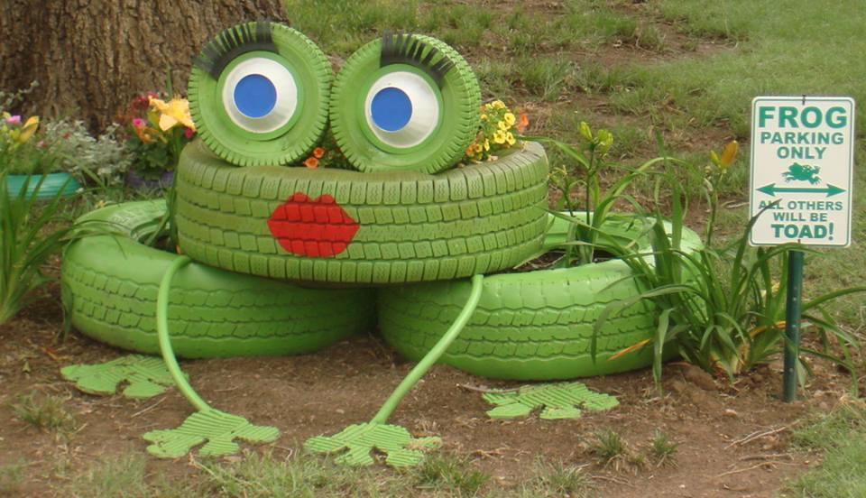 Source:  https://www.icreativeideas.com/wp-content/uploads/2014/10/Creative-Ideas-DIY-Lovely-Frog-Garden-Decor-from-Old-Tires.jpg