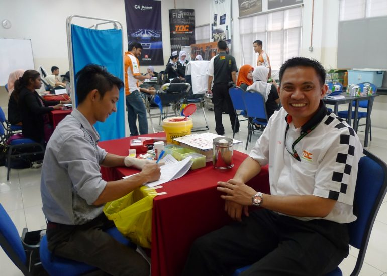 TOC training director Allan Cabiles wanted to donate but could not due to his frequent travels abroad.  Source: autofreaks.com