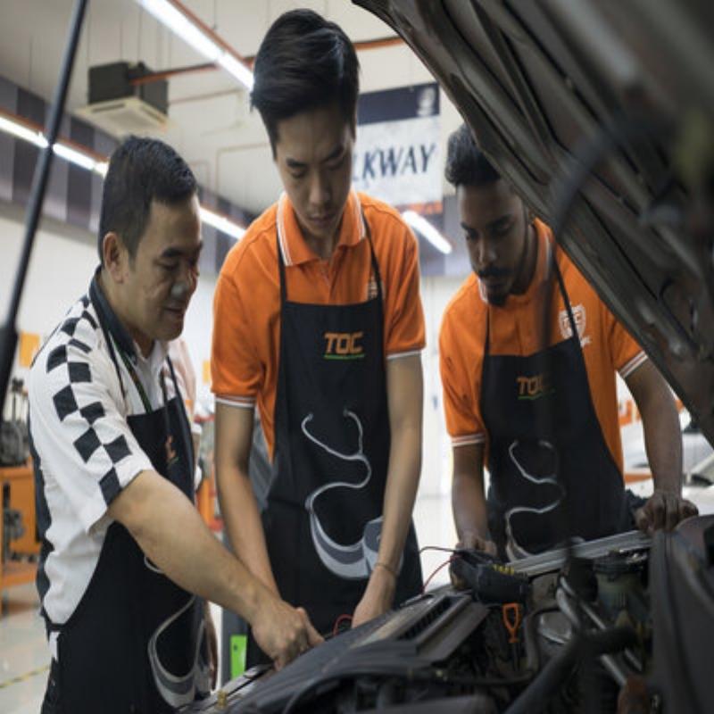 automotive technician -