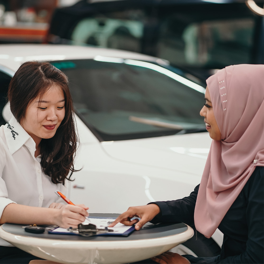 automotive customer service (level 1-3) - Be an expert on customer management, understand repair and maintenance as well as diagnosis of a car.