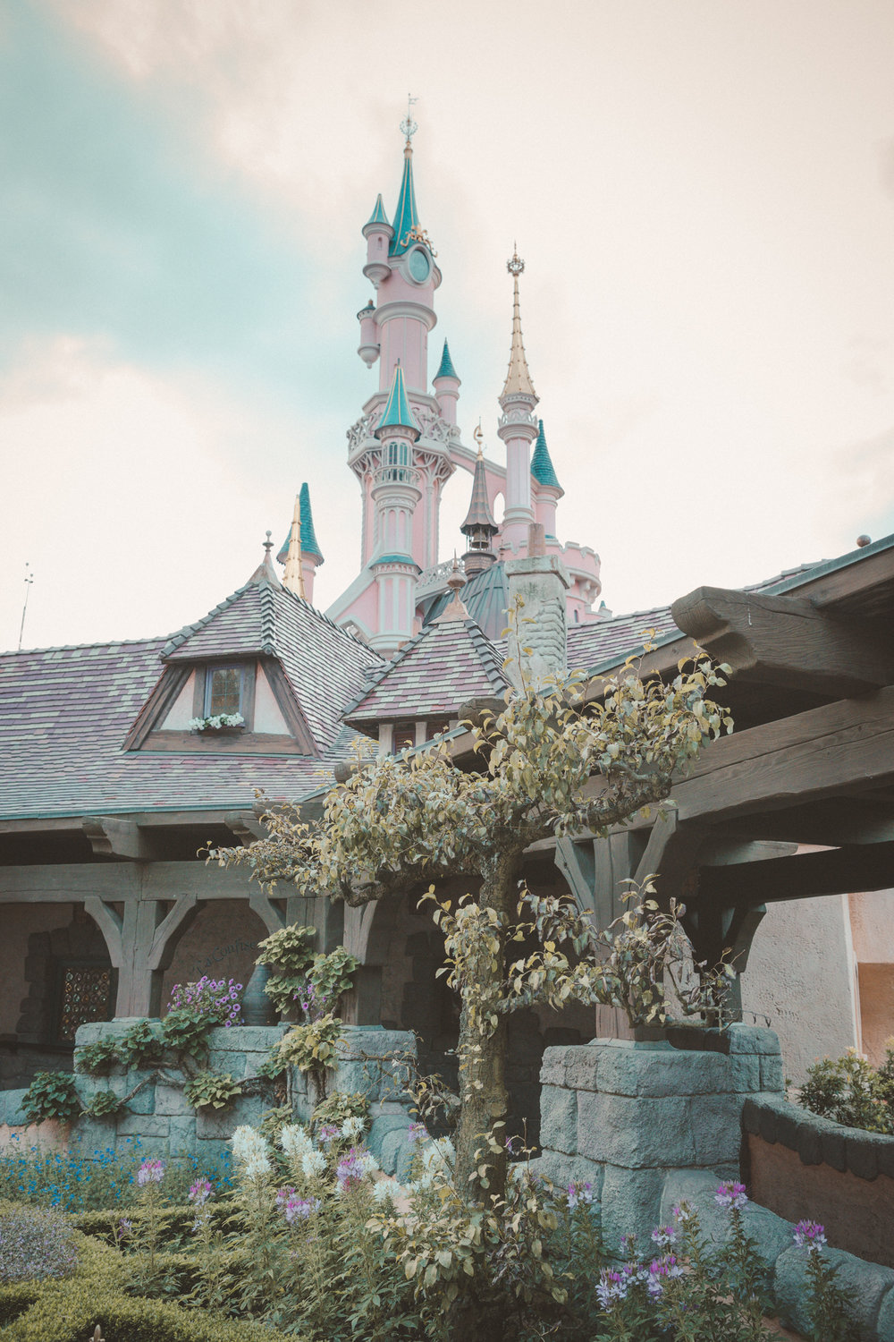 Disneyland Paris Photo Emily Dahl-16.jpg